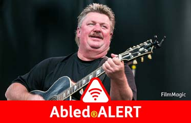 Abled.ALERT: Photo of country music star Joe Diffie in-concert.