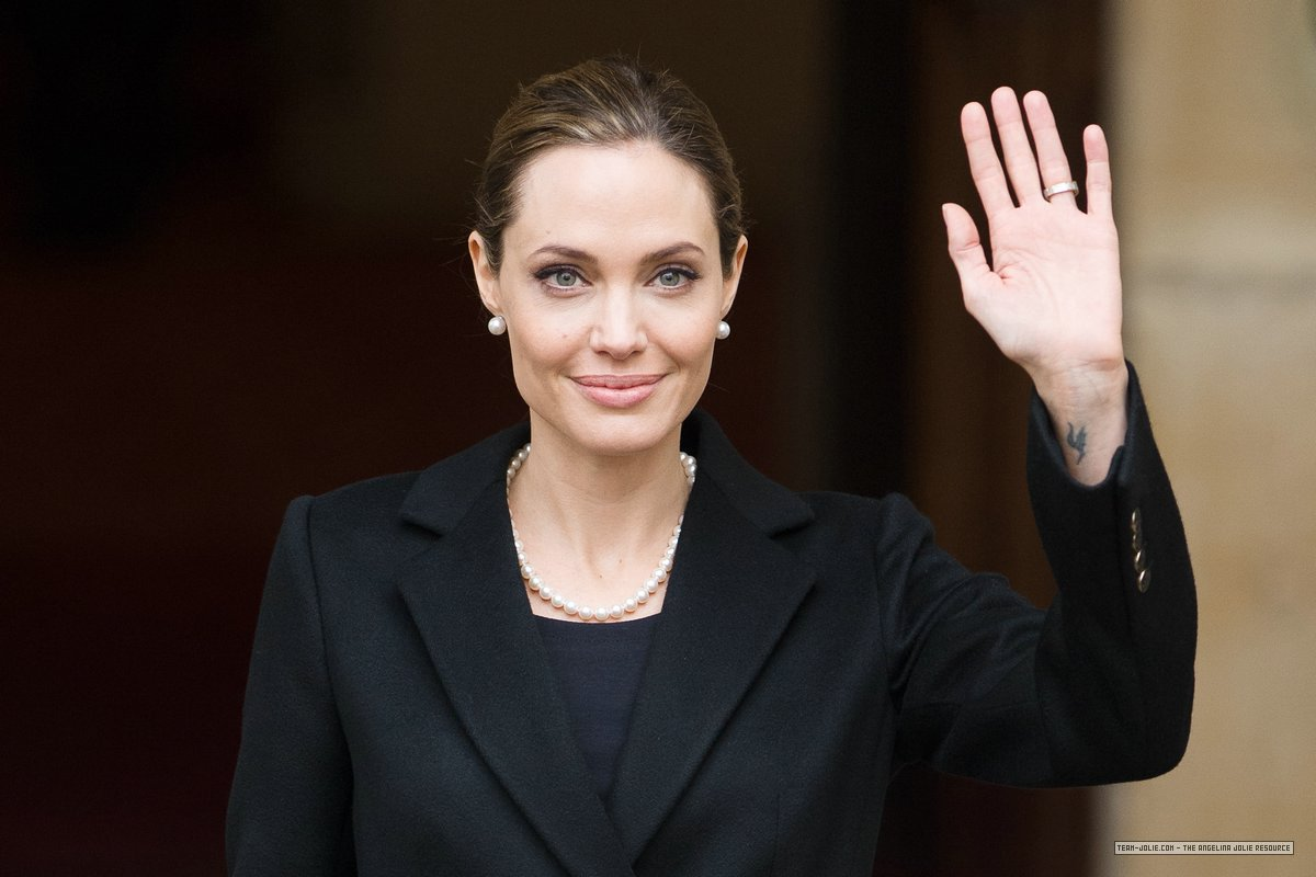 Photo of Angelina Jolie at the G8 summit in the UK in early May, 2013